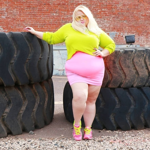 Dresses & Skirts - Neon pink mini skirt